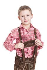 Junge in bayrischer Tracht