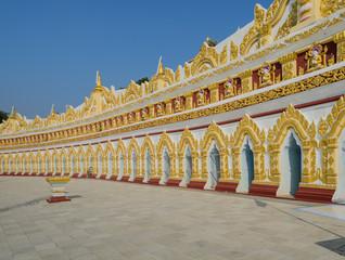 U min Thonze pagoda in Sagaing, Myanmar