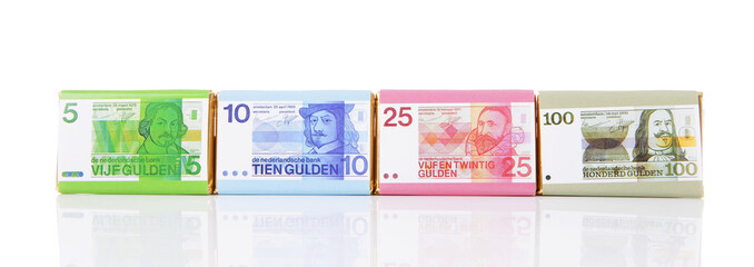 Chocolate money bars with old Dutch money