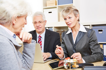 Communication over financial issues in bank