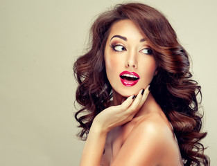 Model with beautiful hairSurprised girl with wavy hair