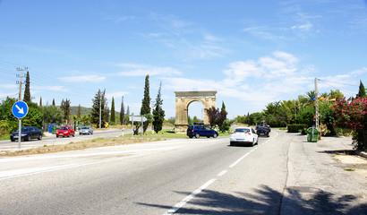 Carretera con Arco de Bará, Tarragona