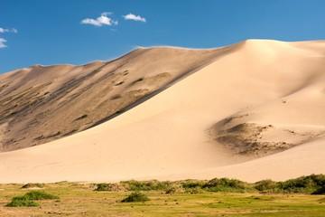 Sand dunes Khongoryn Els in Gobi Desert
