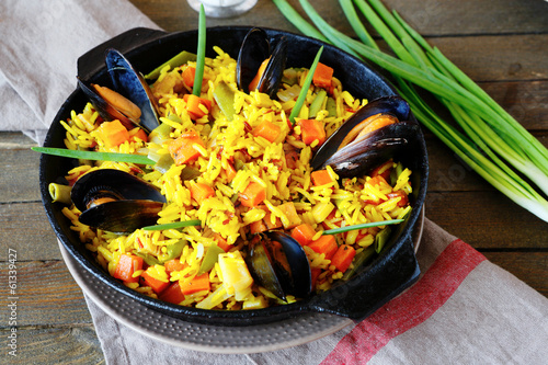 Spanish paella with mussels