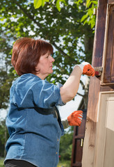 Maintaining of wooden surfaces
