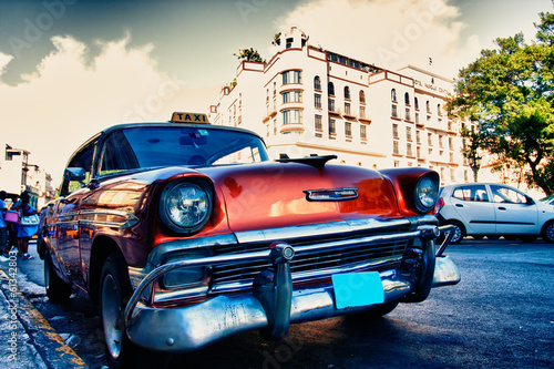 cuban old cars - 61342803