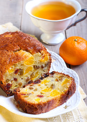 Dry fruit and tangerine cake