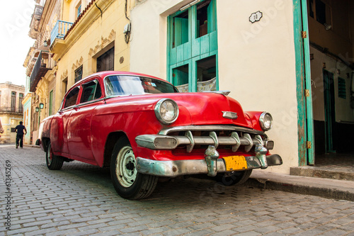 cuban old cars - 61345269