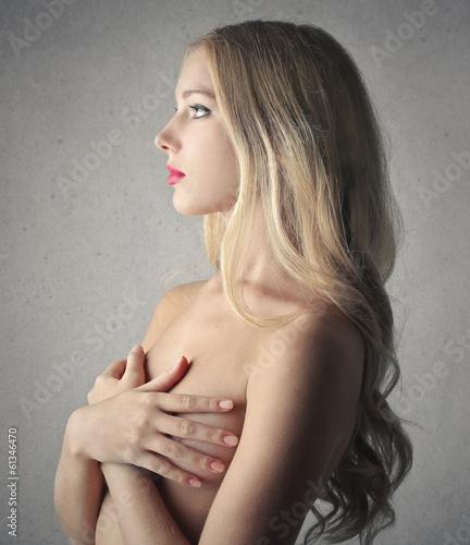 beautiful naked girl - 61346470