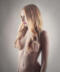 gorgeous naked girl