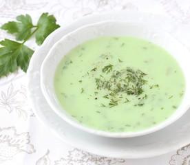 Kräuter Suppe