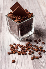A square tank with coffee beans and chocolate