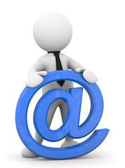 omino bianco appoggiato al simbolo E-mail