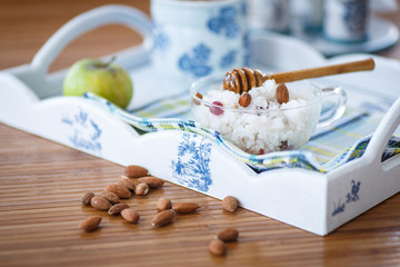 rice porridge with nuts and honey