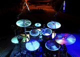 Fototapety Musica en directo. Bateria en el escenario