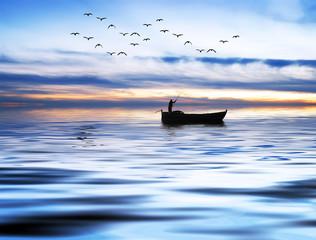 pescando entre olas azules