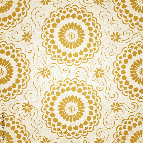 Golden seamless pattern with large flowers and curls.