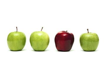 Dört elma