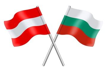 Österreichische und bulgarische Fahnen