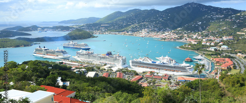 Foto op Plexiglas Eiland St Thomas harbor of US virgin islands