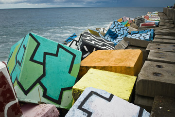 grafiti en escollera