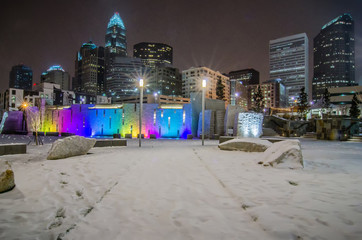 charlotte queen city skyline near romare bearden park
