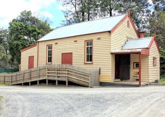 Old Australian settlers building