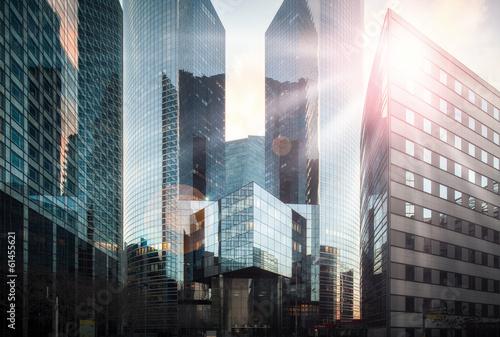 Leinwanddruck Bild Bankenviertel im Sonnenschein