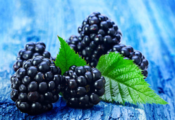 Blackberry fruit with leaf