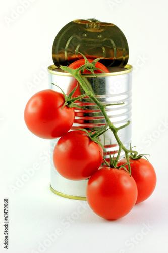 Lattina per alimenti  e pomodori