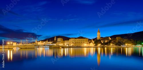canvas print picture Trogir Kroatien  Panorama beleuchtet