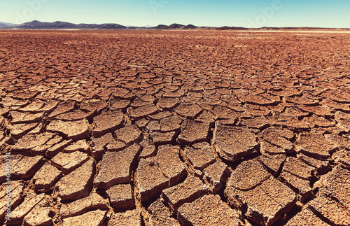 Drought land - 61498291