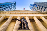 Fototapety Facade of the Federal Hall with Washington Statue on the front,