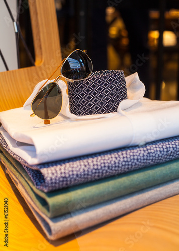 Shirts, necktie and shades