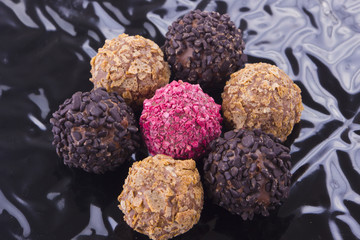 Chocolate truffle with praline
