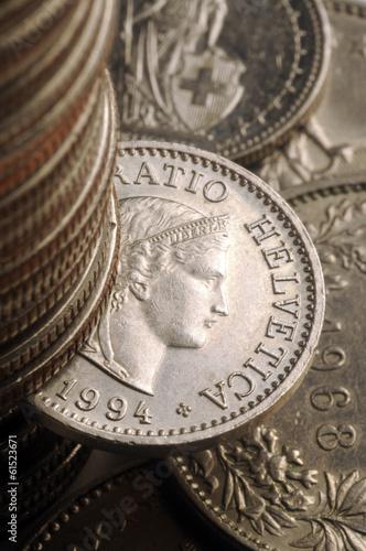 Schweizer Franken Franco svizzero Franc suisse فرنك سويسري