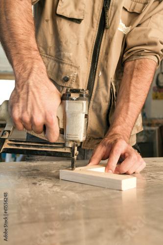 Foto op Plexiglas Trappen nail gun
