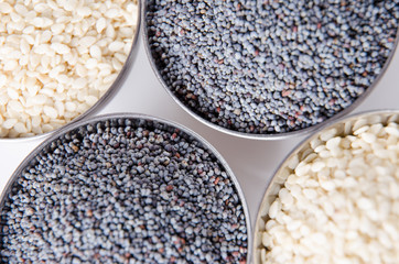 Poppy and sesame seeds