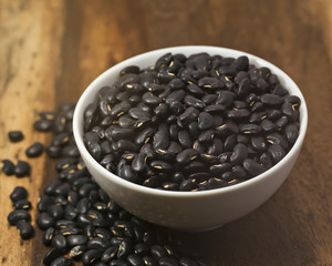 Black Eyed Peas on a wooden background.