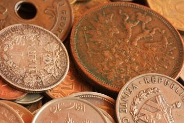 Старинные монеты разных стран