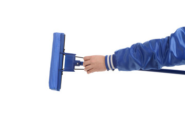 Hand holds blue mop with sponge.