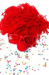 clownskopf mit roter Perücke