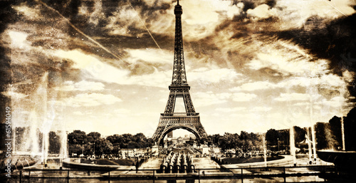 Aged vintage retro picture of Tour Eiffel in PAris Plakat