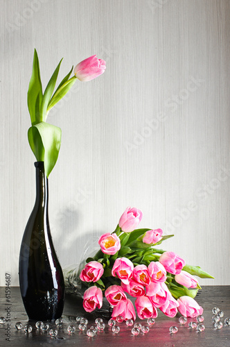 Tulips bouquet on the table