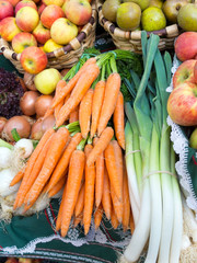 Ecological carrots, leeks an apples