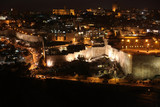 Night in Jerusalem old city, Temple Mount with Al-Aqsa Mosque, v