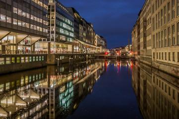 Hamburg Alsterfleet in der Nacht