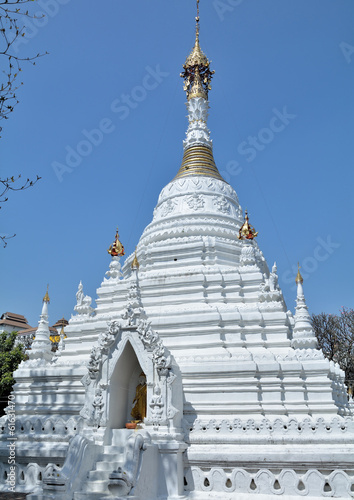 pagoda white in chiang mai
