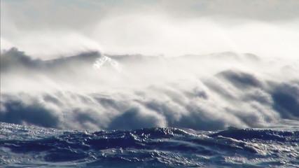 Ocean storm wind wavesy