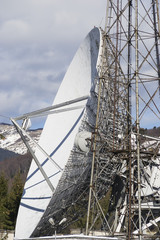 Close up of an parabolic antenna